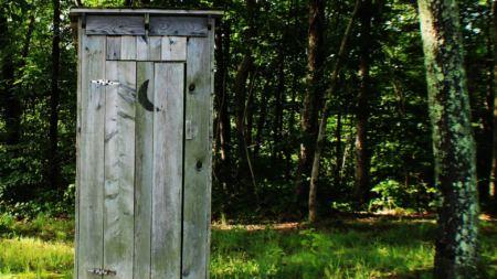 La solution camping pour les toilettes fermées