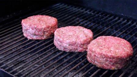 3 recettes simples de boulettes de viande sur le BBQ