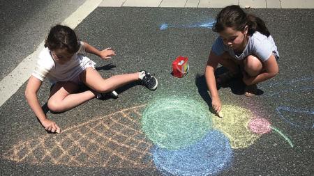 Une activité populaire et facile à faire pour les enfants cet été